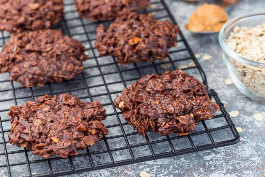 No-Bake Chocolate Peanut Butter Cookies