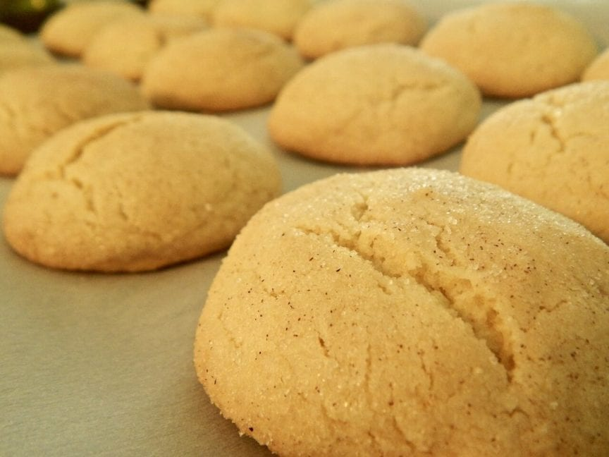 How to keep cookies soft after baking them