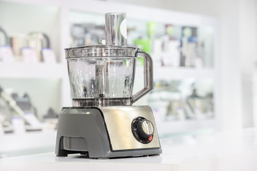 Best Food Processor for Baking (Knead Bread, Mix Batter, and More)