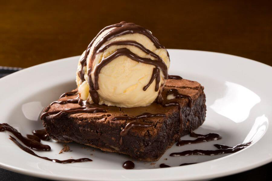 Brownie with Ice Cream Topping