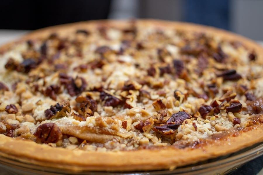 Caramel Apple Pecan Streusel Pie Recipe