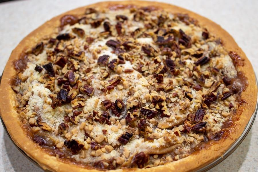 Browned Caramel Apple Streusel Pie